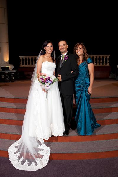 2011-11-11-Servante-Wedding-183.JPG