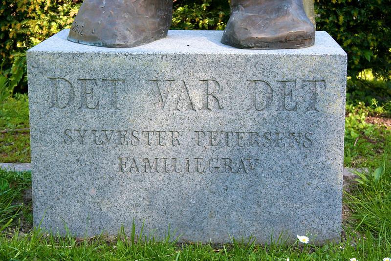 Assistens Kirkegård - maj 2006 Family grave of the Sylvester Petersen family