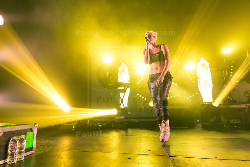 Halsey in Concert - Los Angeles