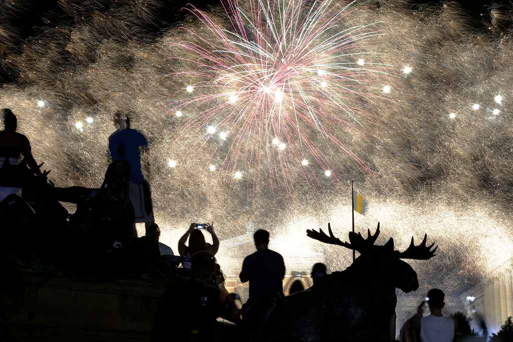 . Fireworks explode over the Philadelphia Museum of Art during an Independence Day celebration, Thursday, July 4, 2013, in Philadelphia. (AP Photo/Matt Rourke)