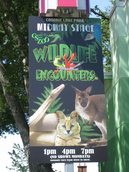 Wildlife Encounters sign.