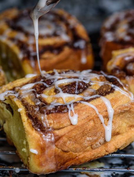 Glazed Cinnamon buns