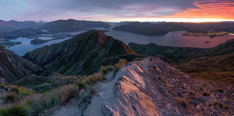 Roys Peak sunrise-1.jpg