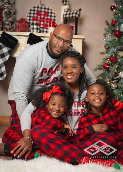 Crumble Family Christmas-01277.jpg