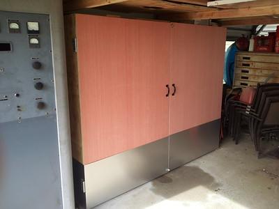 Queue cabinet