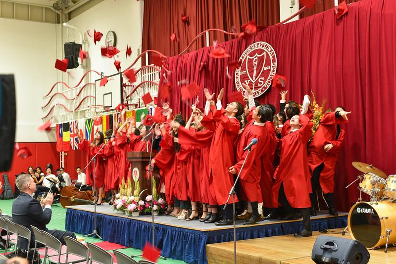 Senior -Graduation-DSC_5689-2018-19.jpg