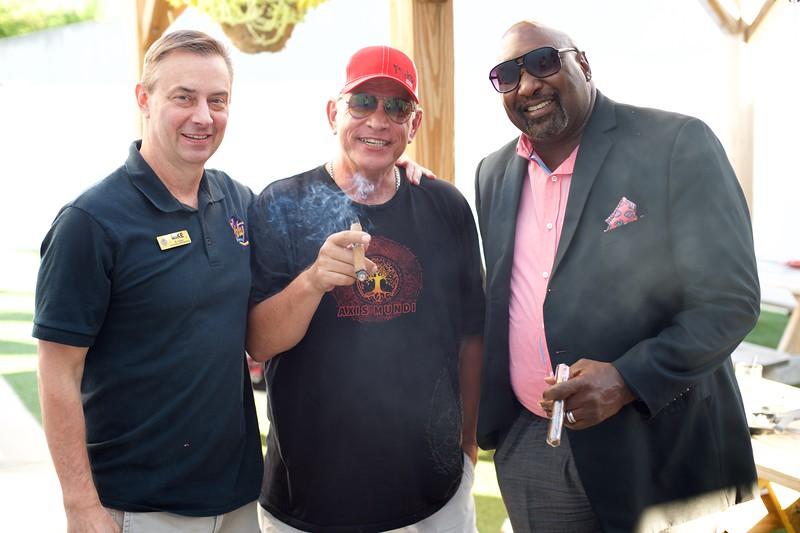 Cigars on the Patio with Ventura 33.jpg