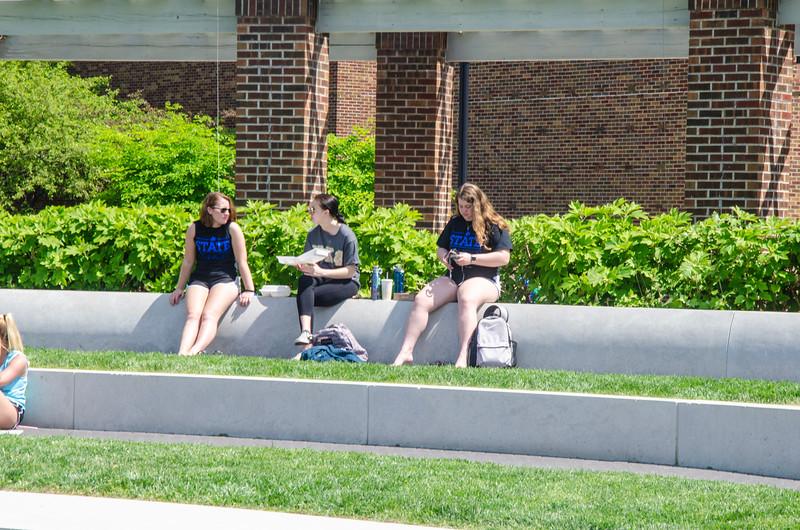 05-07-19 Campus Scenes 02_DSC8049.jpg