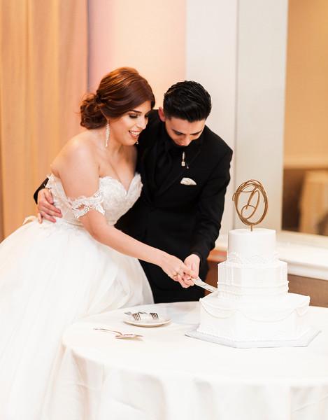 Alexandria Vail Photography Wedgewood Fresno Wedding Alexis   Dezmen743.jpg