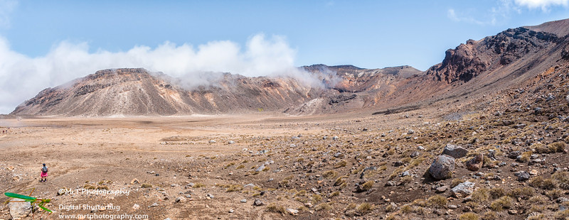 Looking across the Southern Crater pan Tongariro Crossing