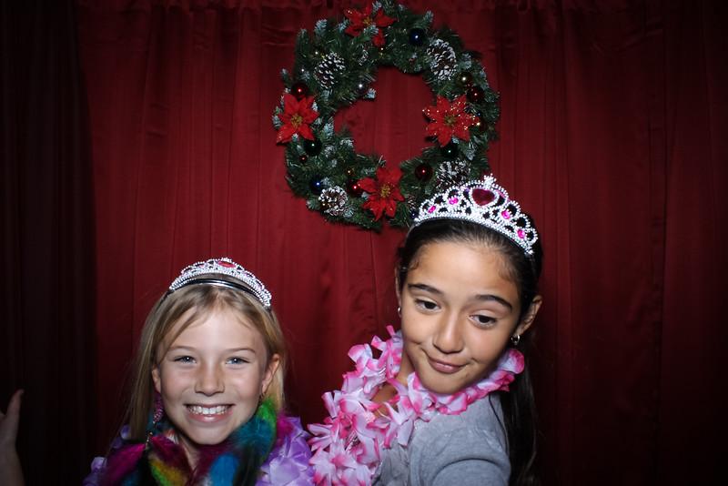 Good Shepard Lutheran School Christmas Boutique 2014-182.jpg