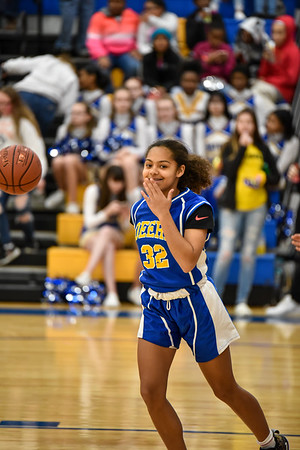 01/23 - Deere 7th Girls Basketball vs Glenview
