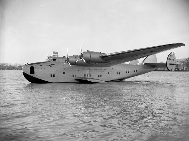 Boeing_314_Yankee_Clipper_1939.jpg