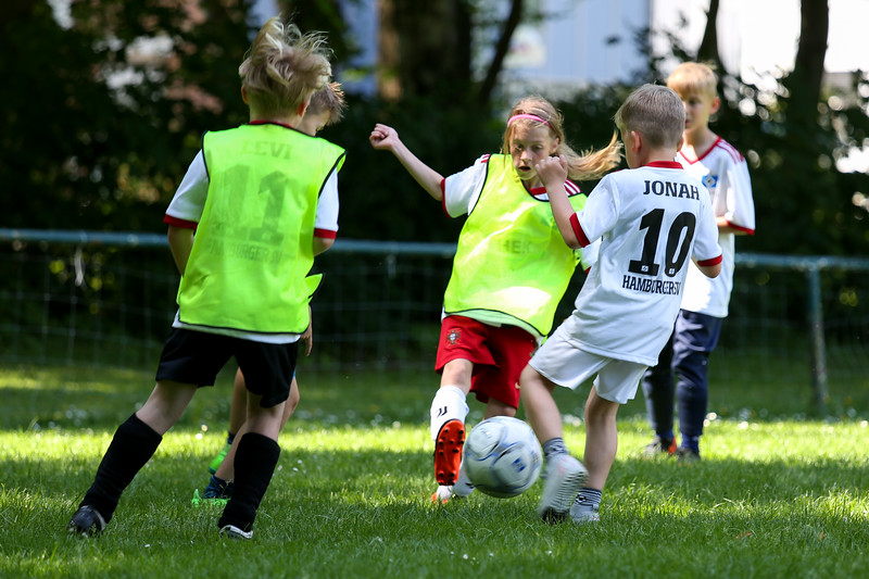 hsv_fussballschule-529_48048039832_o.jpg