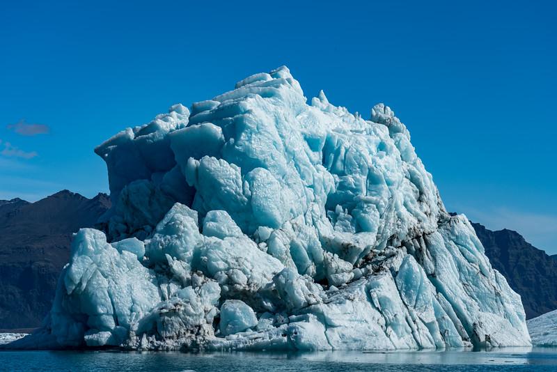 Jokulsarlon Lagoon Iceberg - Iceland