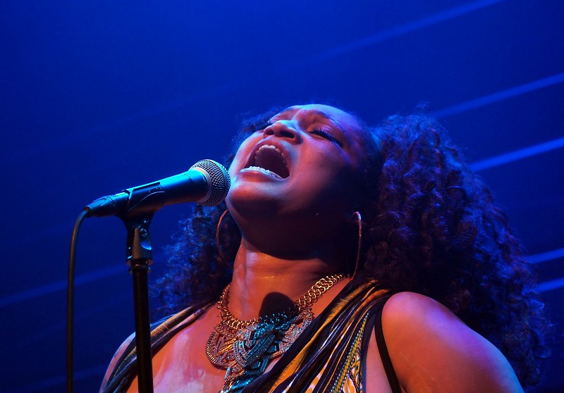 J.J. Thames Bluesfestival Hoogeveen 18-11-17 (323).jpg