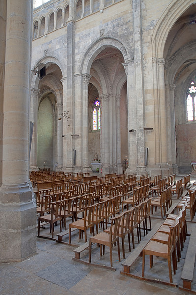 Vienne Cahedral Nave Bay