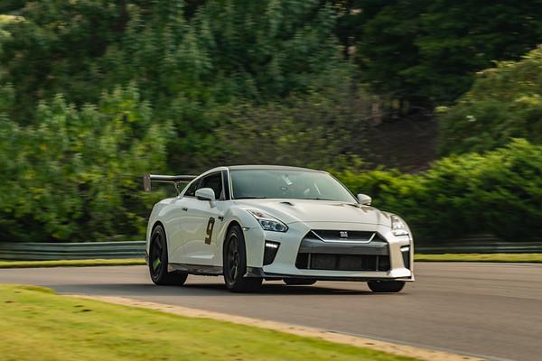 GTR White #9