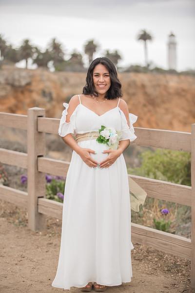 Maternity Shoot-1086.jpg