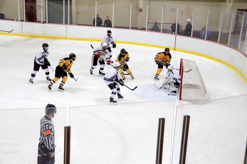 141004 Jr. Bruins vs. Boston Bulldogs-153.JPG