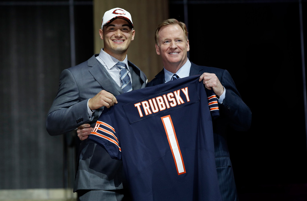 . North Carolina\'s Mitch Trubisky, left, poses with NFL commissioner Roger Goodell after being selected by the Chicago Bears during the first round of the 2017 NFL football draft, Thursday, April 27, 2017, in Philadelphia. (AP Photo/Matt Rourke)