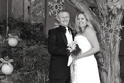 Loren and Tyler's Christmas Wedding at Casa Sedona B& B