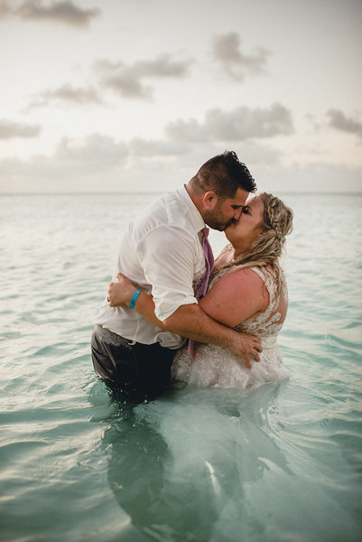 Requiem Images - Aruba Riu Palace Caribbean - Luxury Destination Wedding Photographer - Day after - Megan Aaron -48.jpg