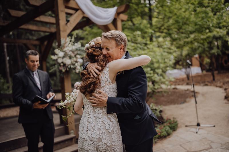 2018-05-12_ROEDER_JulieSeth_Wedding_ROEDER1_0122.jpg