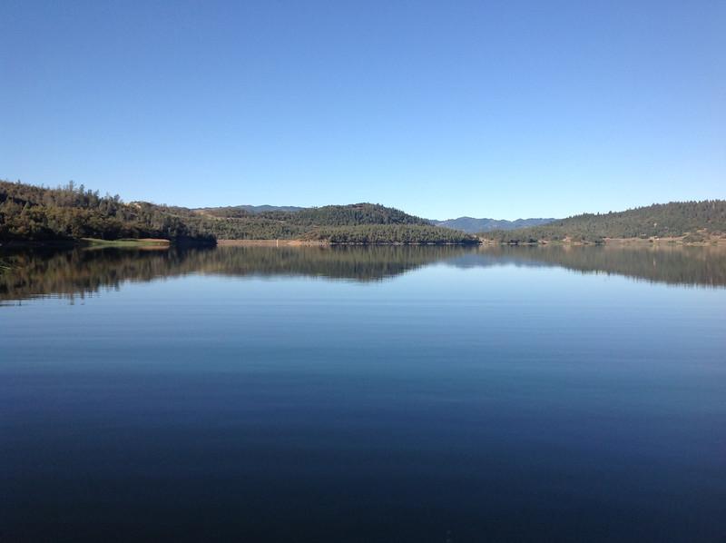 Lake Hennessy 02.JPG