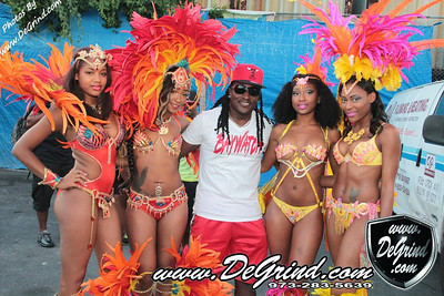 BAYWATCH BEACHWEAR COOLER FETE