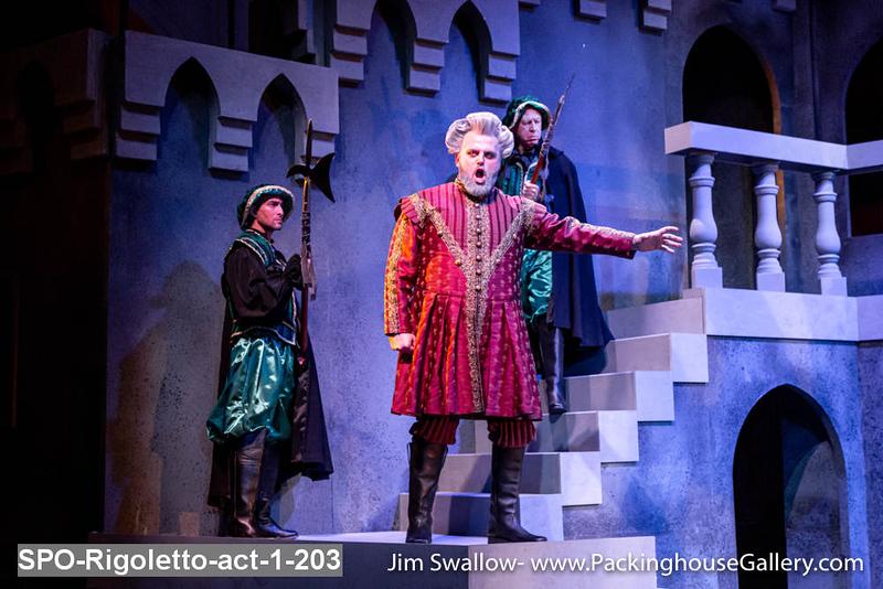 SPO-Rigoletto-act-1-203.jpg