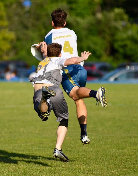 Ultimate Frisbee Madison  take on Pittsburgh Thunderbirds