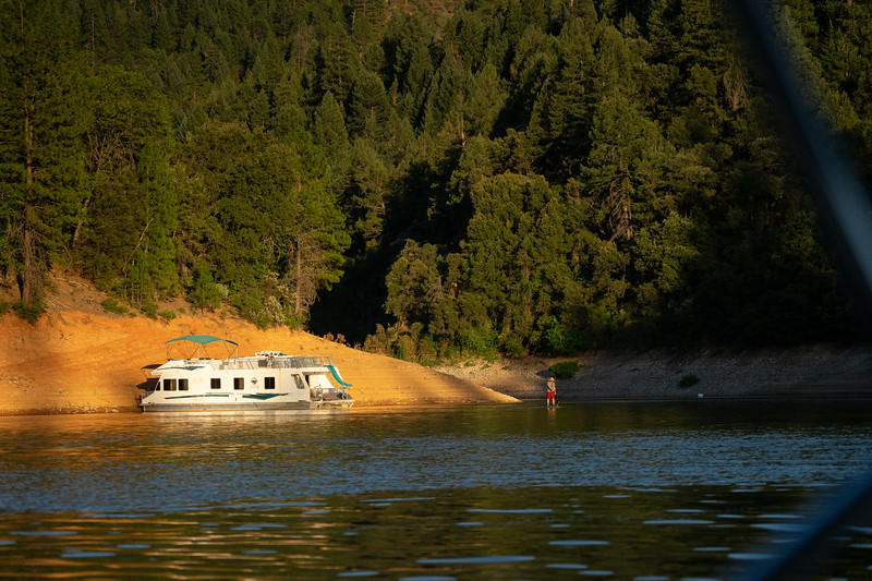 1908_15_shasta_houseboat-01318.jpg