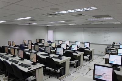 20111028 大教室更換設備