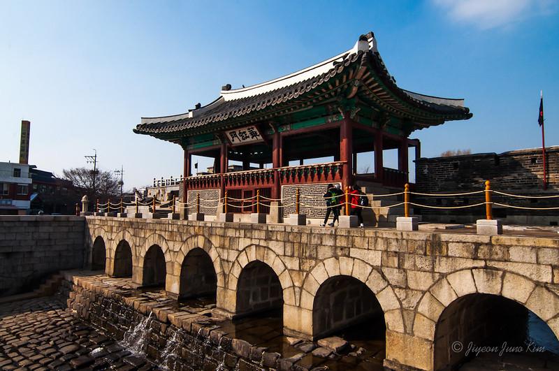 Korea-Suwon-Hwaseong-10.jpg