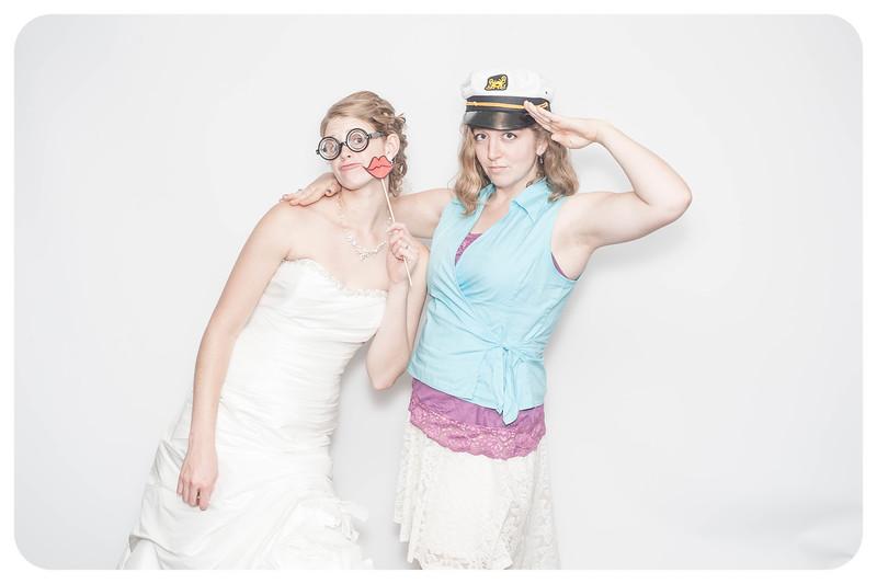Laura+Ross-Wedding-Photobooth-199.jpg