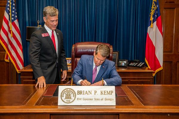 04.17.19_HB 315 Bill signing