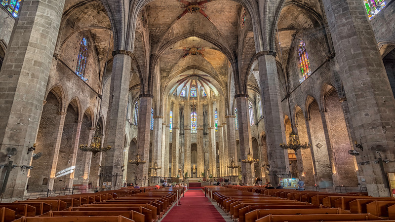 0400 Barcelona Basilica De Santa Maria Del Mar 16x9.jpg