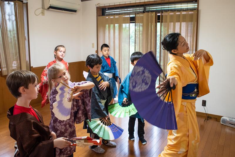 Grade 2 ICJC-Traditional Japanese Dance-ELP_2184-2018-19.jpg