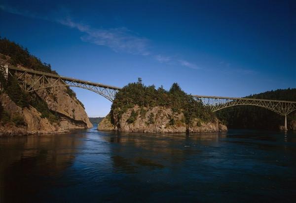 Sea Kayaking Deception Pass and Canoe Pass
