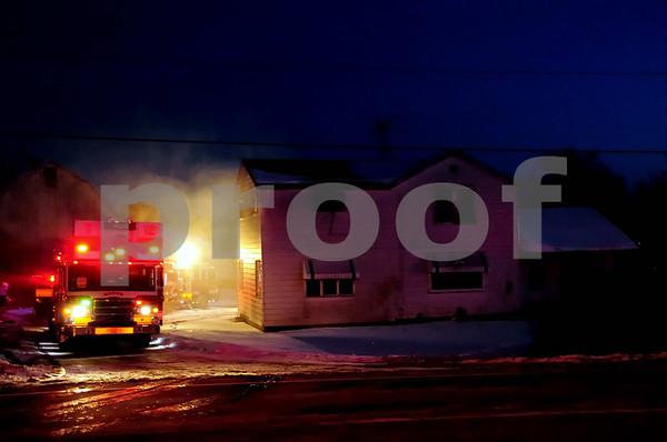 FARMHOUSE FIRE MCHENRY 12/18/2013
