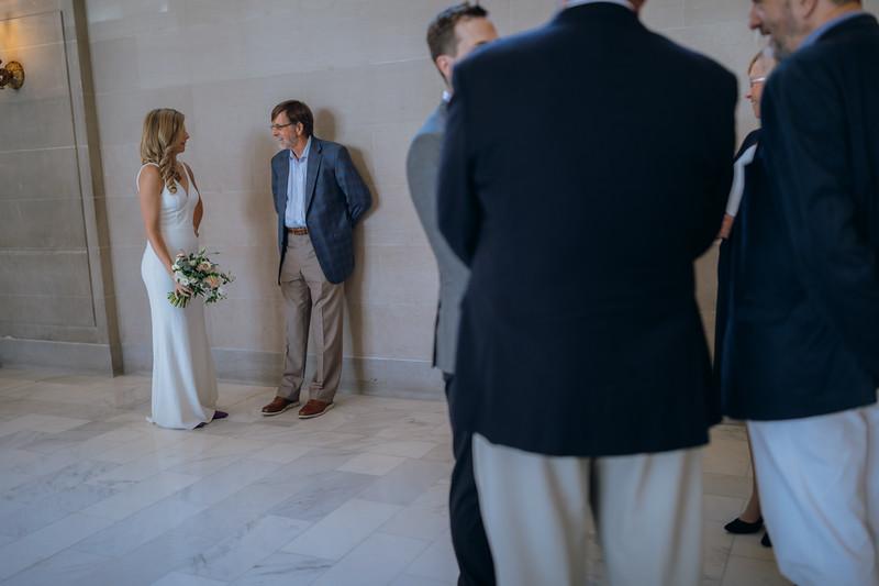 2018-10-04_ROEDER_EdMeredith_SFcityhall_Wedding_CARD1_0075.jpg