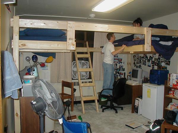 Dorm Room (2001-09-20)
