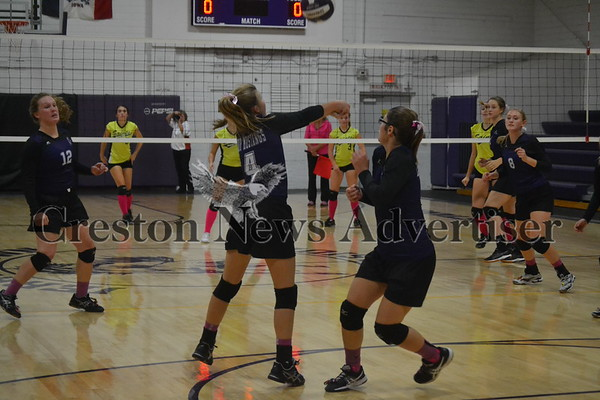 10-5 Murray-Mormon Trail volleyball