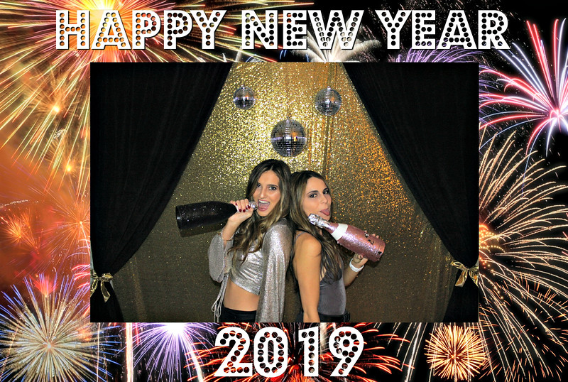 New Years 2019 Photobooth Pics (12).jpg