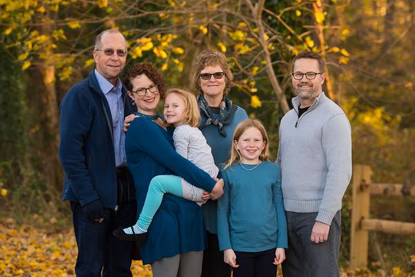 Fall Family Photos in Chesapeake City