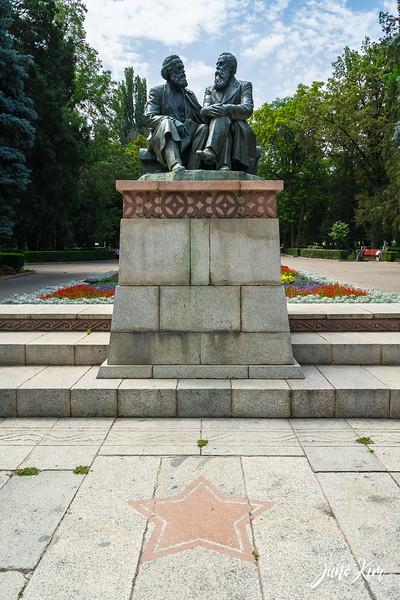 Bishkek__DSC5831-Juno Kim-2000.jpg