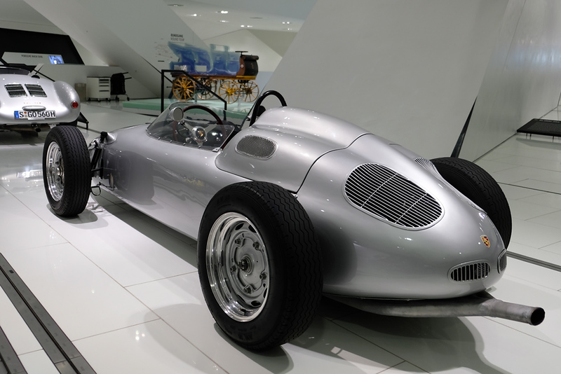 Porsche Museum 03.jpg