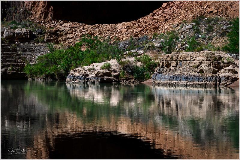 JZ6_1792 CO River Reflections LPNr2W.jpg