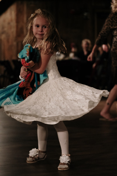 rustic_ohio__fall_barn_wedding-427.jpg